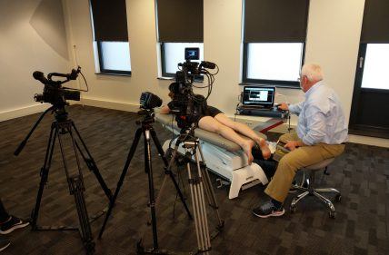 Setting for recording scanning of the Achilles tendon
